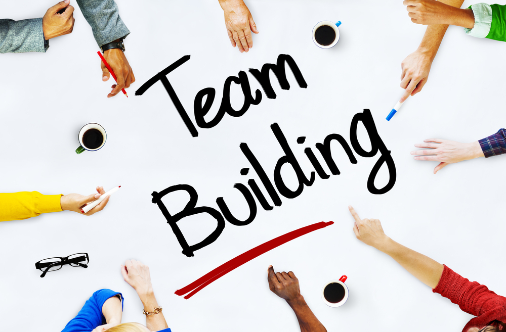 online marketing team building